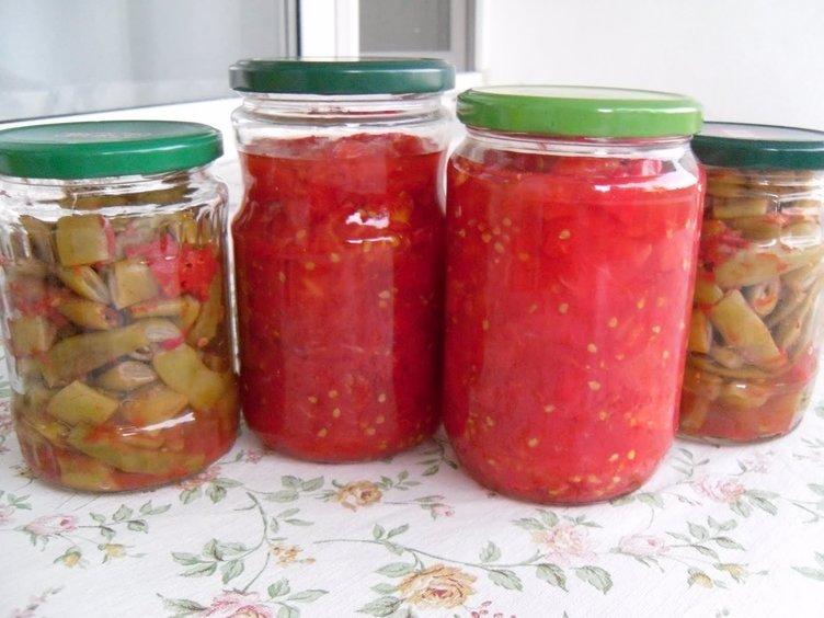 Ev yapımı sebze konservelerine dikkat
