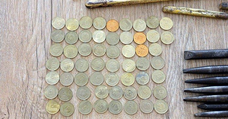 Yankesiciler, 5 kuruşları eriterek altın yaptı!