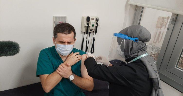 Risk grubundaki sağlık çalışanları aşılandı