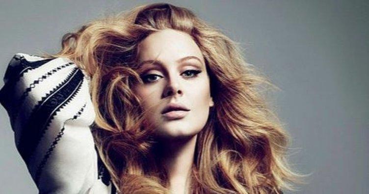 Adele'in sosyal medya paylaşımını görenler şoke...