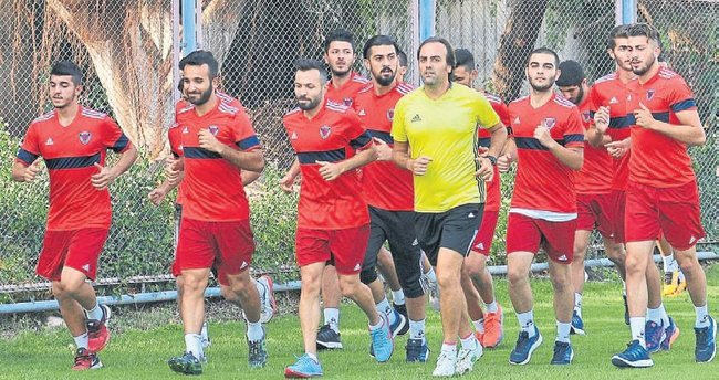 Mersin, Elazığspor maçını düşünüyor