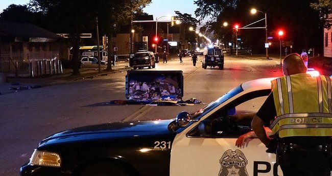 ABD'de sokak gösterilerinin yaşandığı kentte OHAL kararı