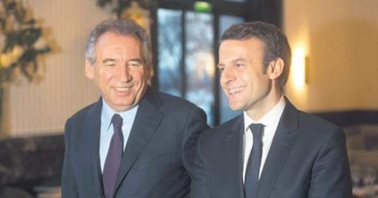 Macron'un dört bakanı istifa etti
