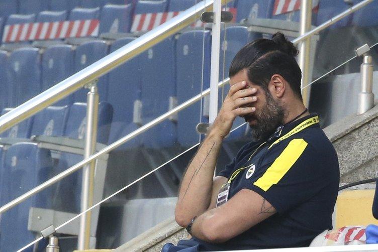 Son dakika: Fenerbahçe'de başkan Ali Koç'tan tarihi karar! Emre Belözoğlu ve tam 11 futbolcu gönderiliyor