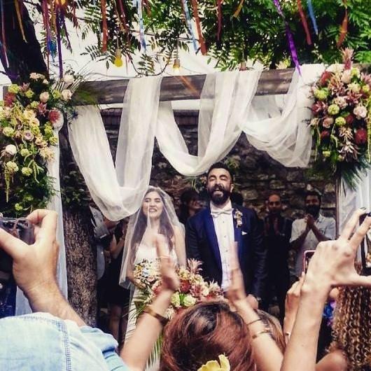 Zeynep Çamcı evlendi