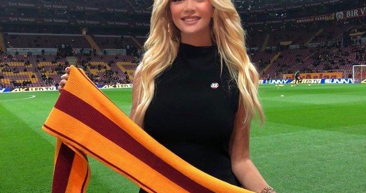 Dünya Kupası İyİ Niyet Elçisi Victoria Lopyreva,...