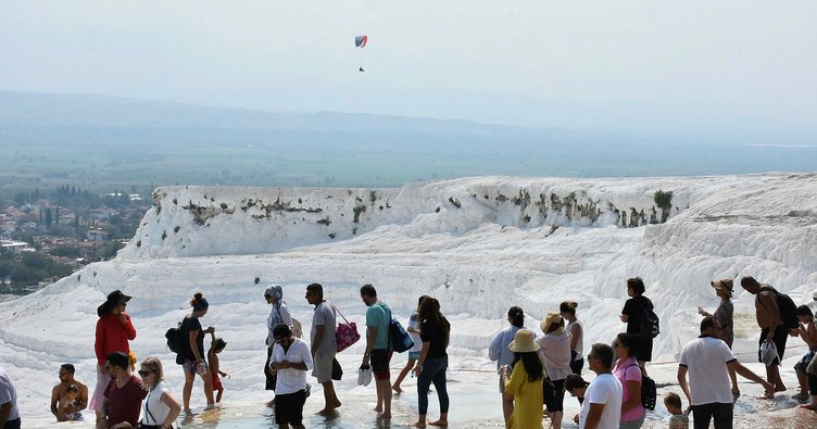 Pamukkale'de hedef 2 milyon ziyaretçi