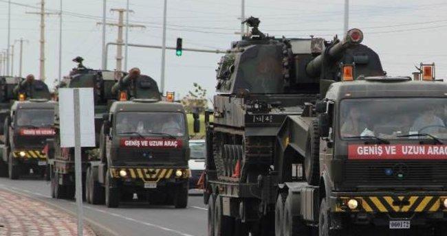 Suriye'ye tank ve askeri personel sevkiyatı yapıldı