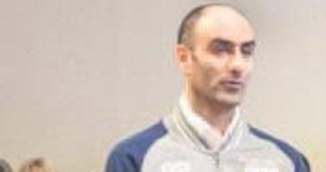 Suriyeli sığınmacıya polise taş atmaktan10 yıl hapis