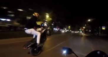 İstanbul'da tek teker üzerinde tehlike saçan trafik magandaları yakalandı