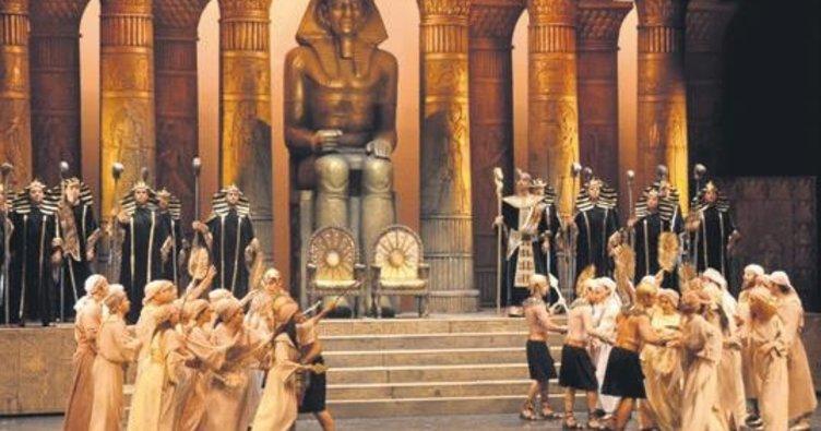 Aspendos Festivali ustaları ağırlayacak