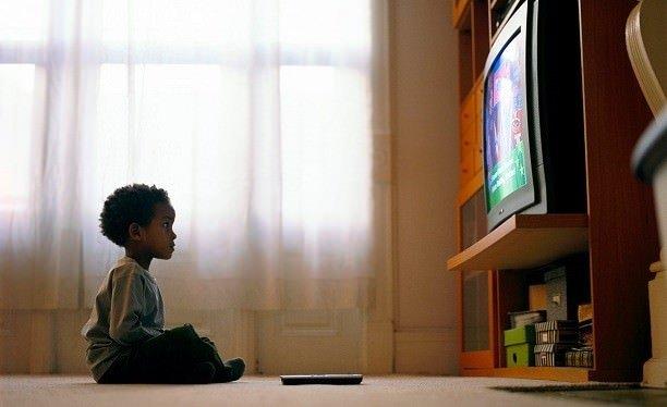 Çocuğunuz televizyon bağımlısı mı?