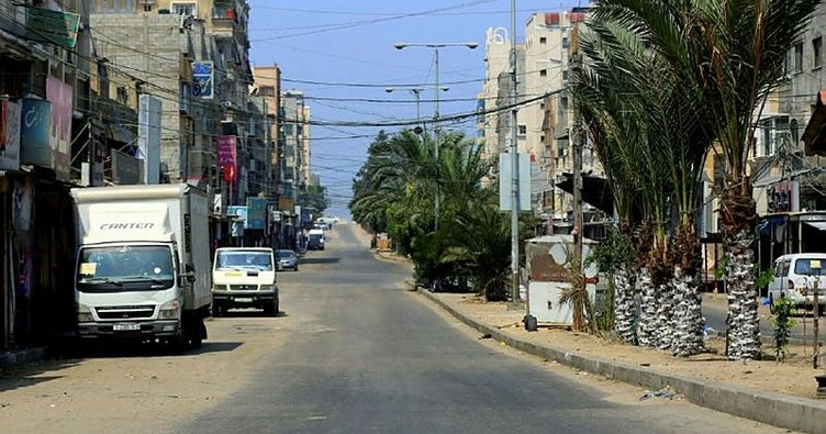 Gazze'de sokağa çıkma yasağı süresiz olarak uzatıldı