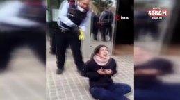 İspanya'da kadına polis şiddeti   Video