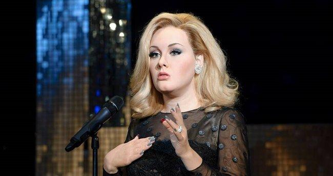 Adele'den Brangelina ayrılığına yorum