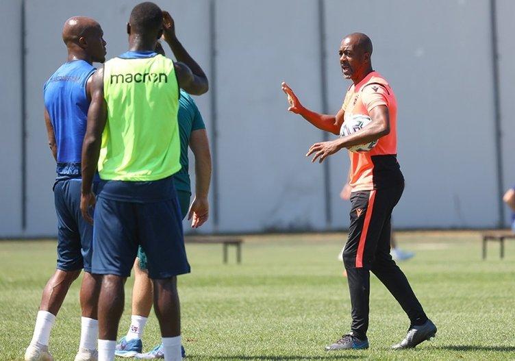 Newton ve Sergen Yalçın'dan sürpriz kararlar! İşte Trabzonspor Beşiktaş maçının 11'leri