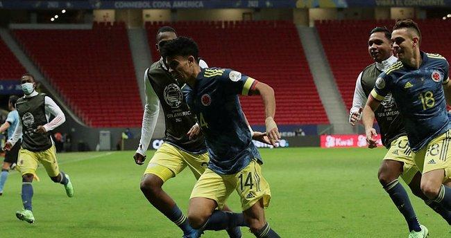 Peru'yu yenen Kolombiya Kupa Amerika'da üçüncü oldu