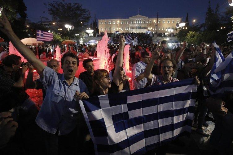 Yunanistan halkı seçimini yaptı