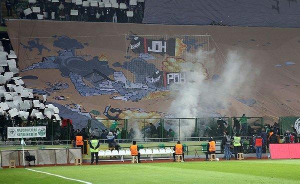 Konya'daki maçta Afrin'deki Mehmetçiklere büyük destek!