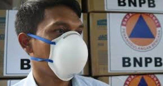 Koronavirüsle mücadele eden İran'da 5,5 milyondan fazla stoklanmış maske ele geçirildi
