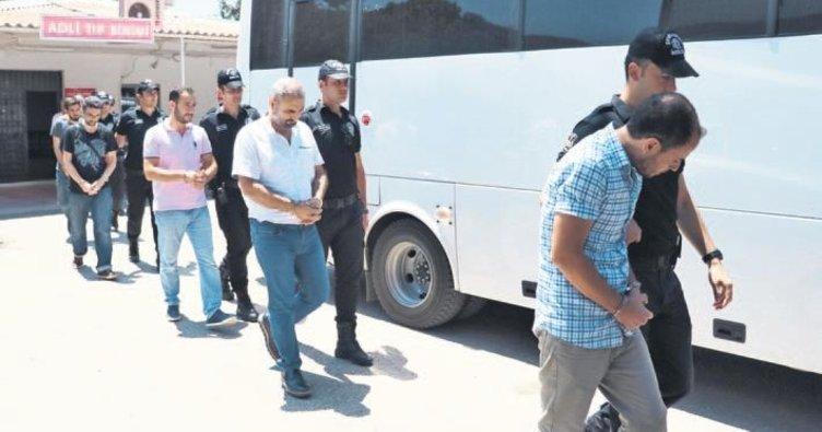 FETÖ'nün esnaf yapılanmasına darbe: 98 gözaltı