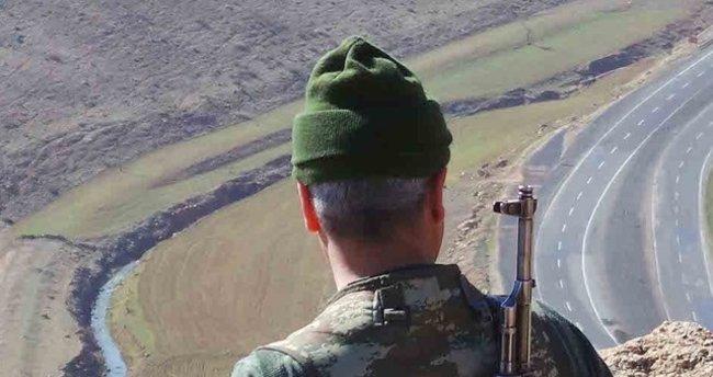 Diyarbakır'da 2 köy korucusu şehit oldu