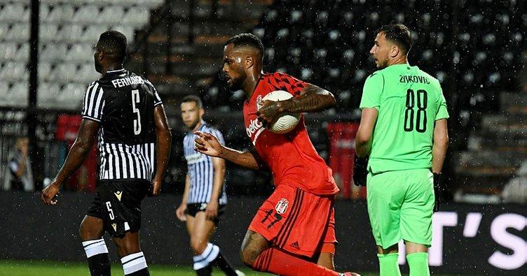 Transferde son dakika: Beşiktaş'ta Larin'e talip çıktı!