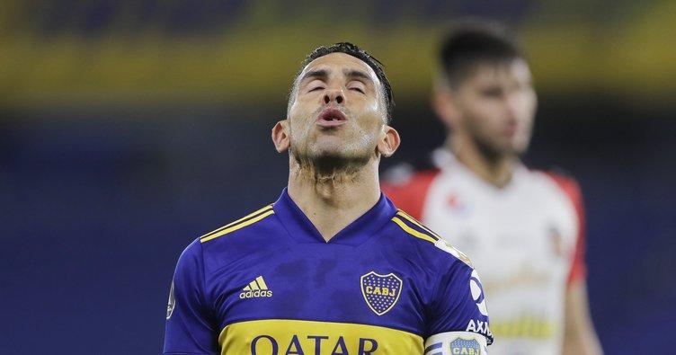 Carlos Tevez futbolu bırakıyor!