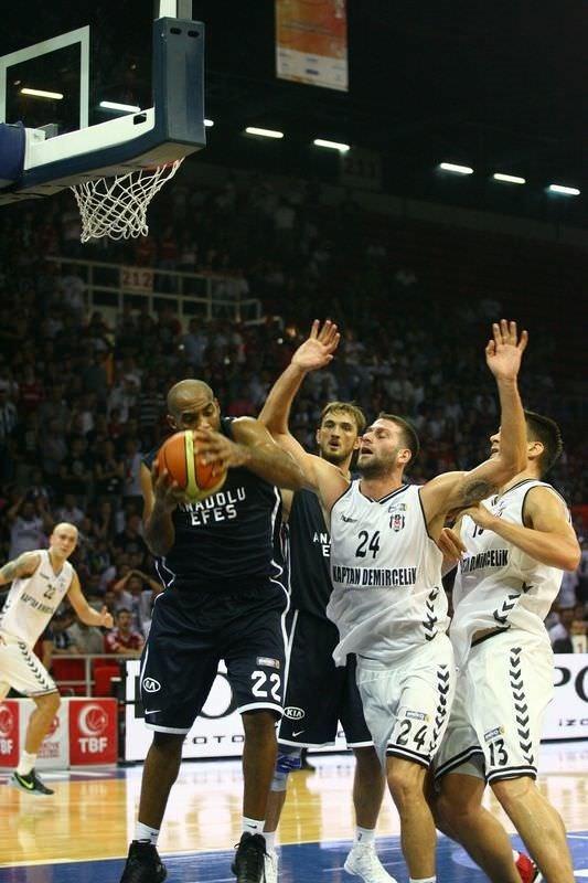 Anadolu Efes -  Beşiktaş