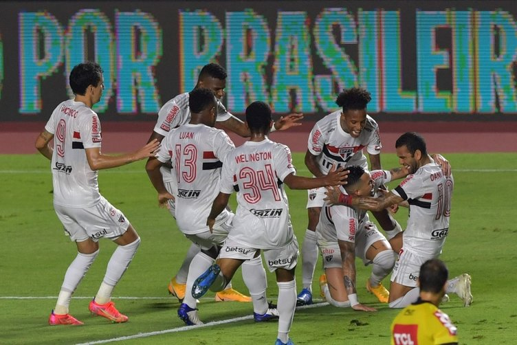 Son dakika: Brezilya'da inanılmaz şampiyonluk hikayesi! 90+6'da yıkıldılar