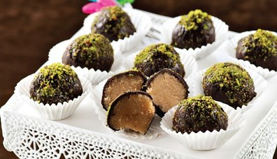 Çikolatalı un helvası topları tarifi