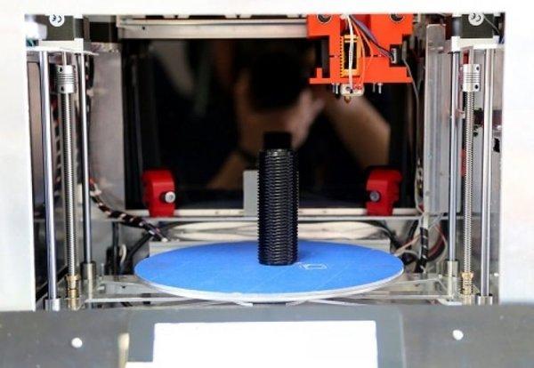 Bursa'da 3D boyutlu kopya makinesi üretttiler