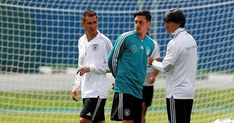 Mesut Özil pazar günü Meksika karşısında yok