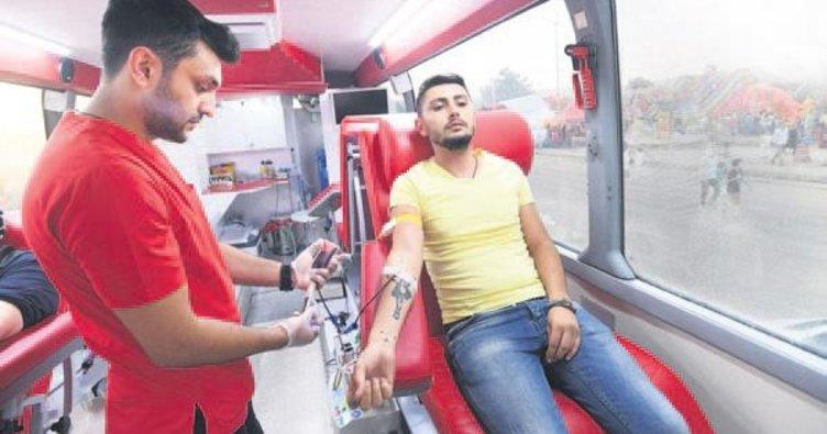 Kan ve organ bağışına büyük ilgi
