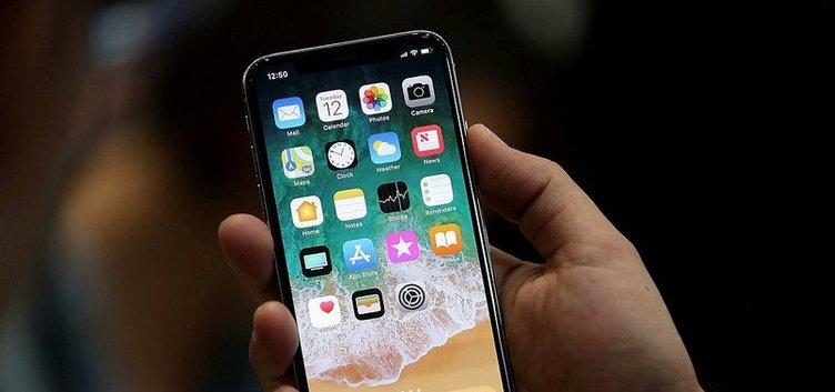 iPhone X dayanıklılık testinden geçemedi
