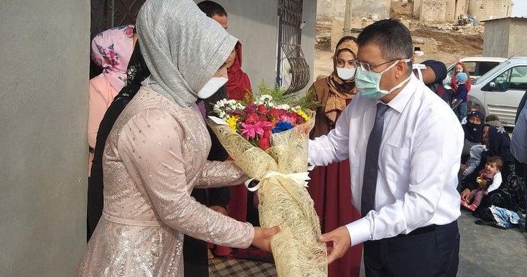Doktor, organ nakli yaptığı hastasının nişan törenine katıldı