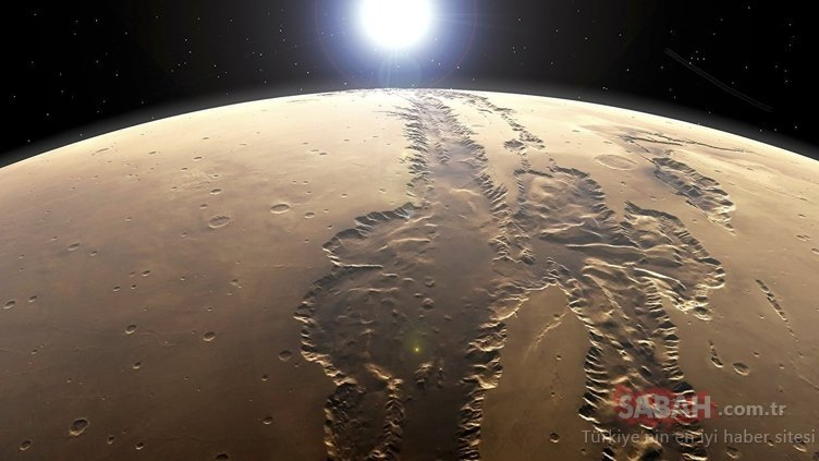 Mars'ta yeni gizem! NASA gerçekleri saklıyor mu?