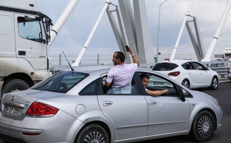 Yavuz Sultan Selim Köprüsü için Ne gerek var diyenleri utandıran kareler!