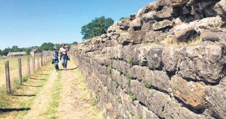 Özçekim merakı Hadrian Duvarı'nı yıktı