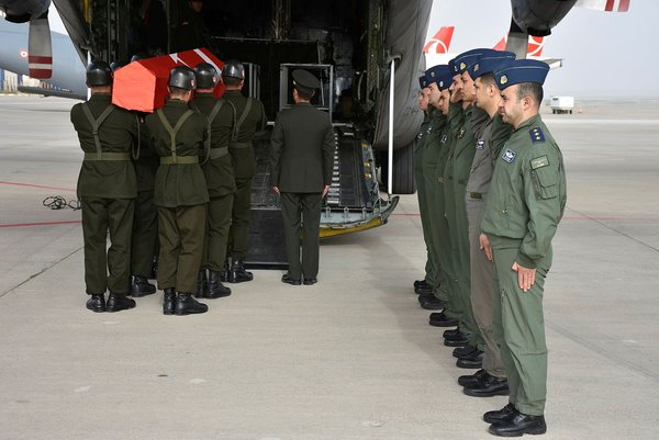 Şehit Pilot Üsteğmen Yasin Boy son yolculuğuna uğurlandı