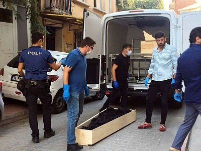 Sarktığı pencereden düşen İngiliz uyruklu kişi hayatını kaybetti