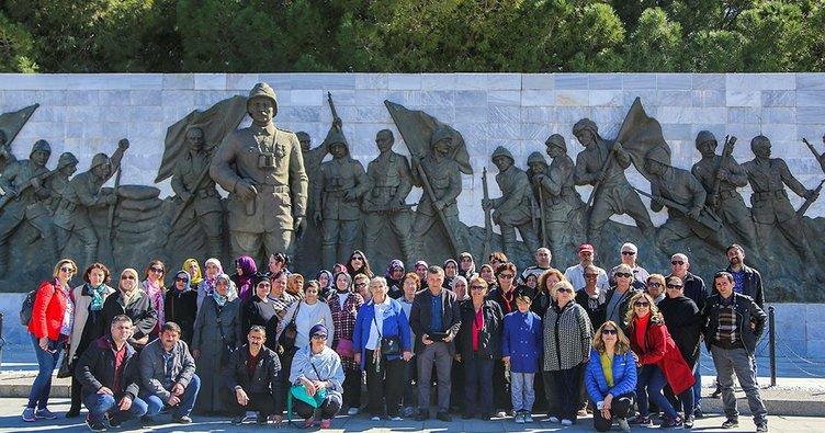 Maltepe Belediyesi 2 bin kişiyi Çanakkale'ye götürdü