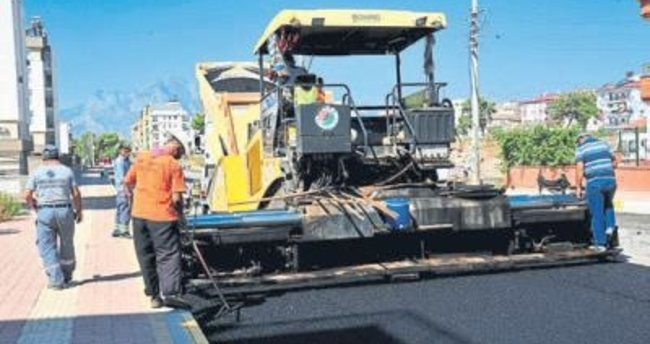 Ünsal'ın yolları asfaltlandı