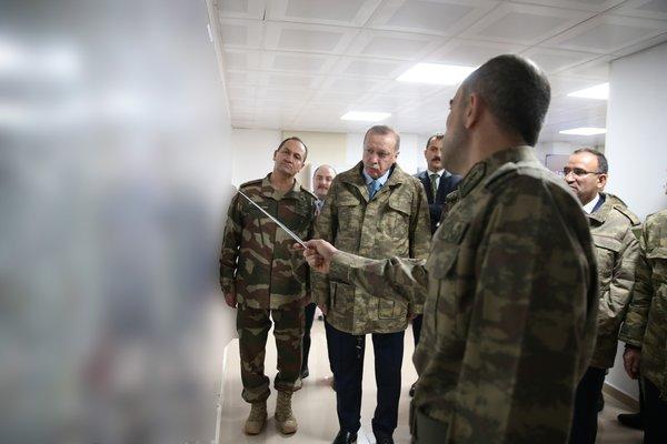 Başkomutan Erdoğan cephe hattında