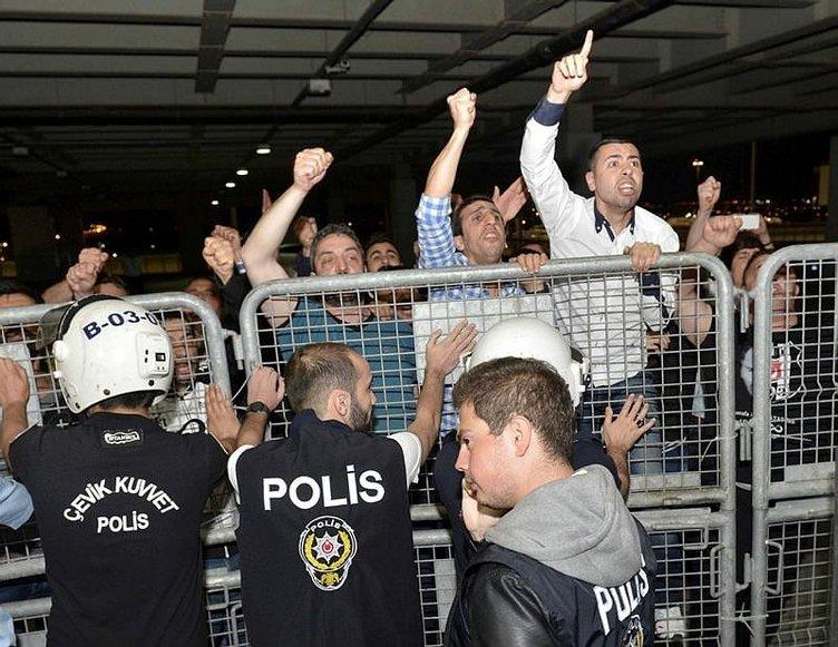Beşiktaş'a havalimanında büyük şok!