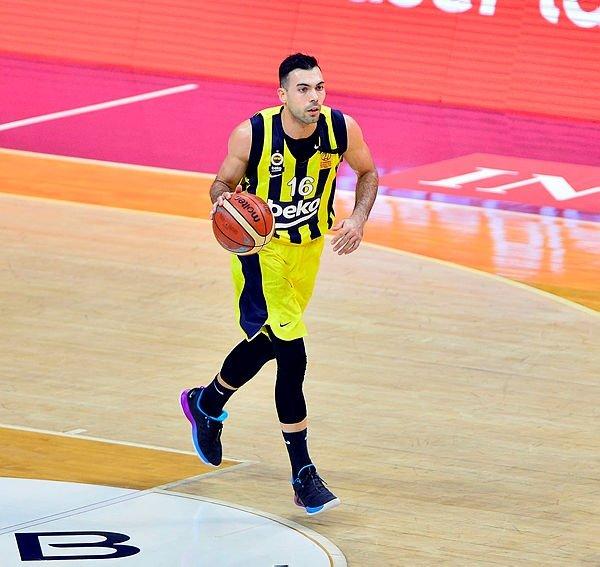 Fenerbahçe yine sil baştan! Hiçbir şey eskisi gibi olmayacak...