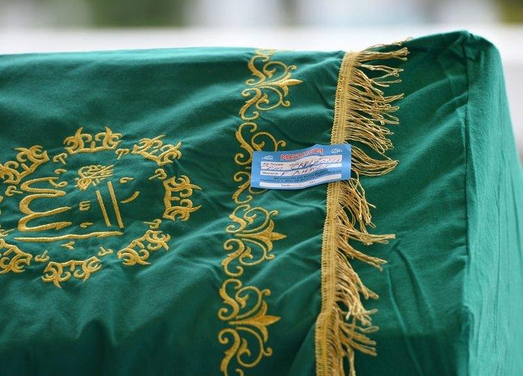Cem Garipoğlu'nun cenazesi toprağa verildi