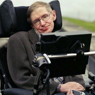 Stephen Hawking'in akıllı sandalyesi ve doktora tezi açık artırmada