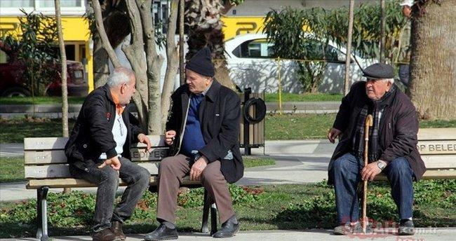 65 yaş üstü kısıtlama olan iller hangileri? Son dakika açıklaması geldi: 65 yaş üstü sokağa çıkma yasağı kısıtlaması olan iller listesi - En Son Haber