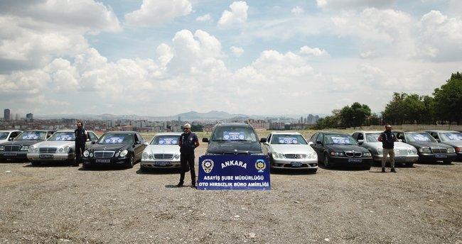 Ankara'da lüks otomobil çetesine '22 ayar' operasyonu!